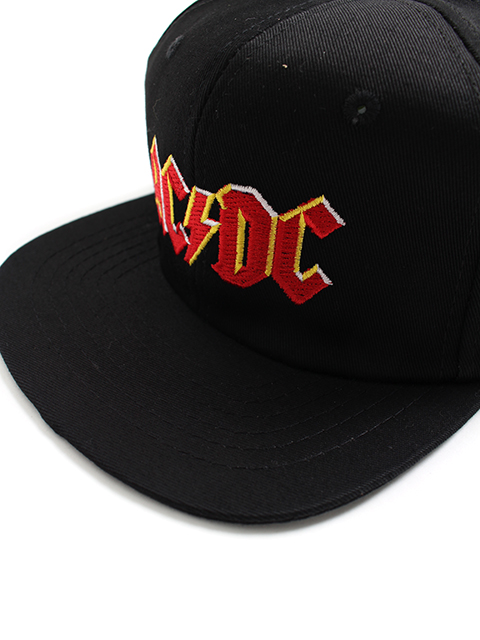 BROCKUM ACDC CAP刺繍部分アップ