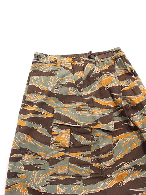 カモカーゴロングスカート置きサイドカーゴポケット