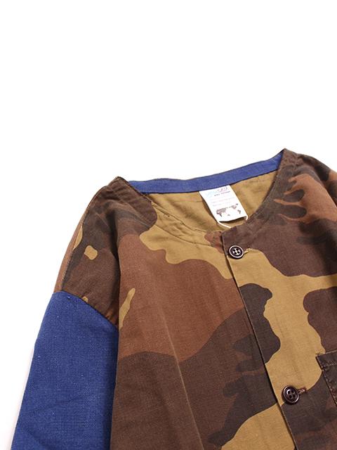 ハンティングシャツジャケットウッド置きアップ