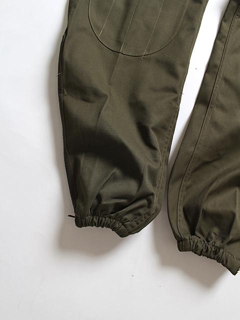 イタリア軍パラシュートパンツ裾寄り