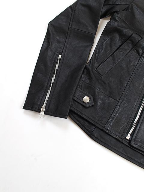 YOUSEDライダースジャケット袖裾周りアップ