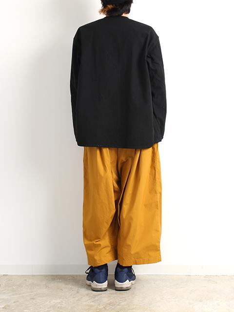 ロシア軍スリーピングシャツホワイトサイズ54ブラック