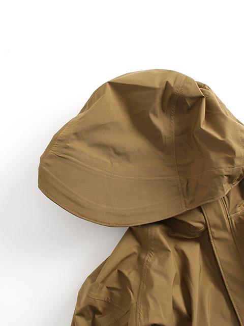 ワイルドシングスタクティカルゴアテックスジャケットフード部分